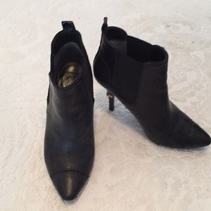 "Tory Burch ankle boots. 7.5, 3.75"" heel black/gold"